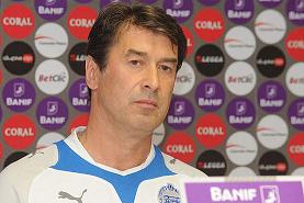 Ex-entraîneur des jeunes du Zenit, Davydov est face à un immense défi