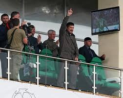Ramzan Kadyrov en tribune dans les tribunes de l'Akhmat Arena de Grozny