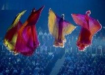 Девушки в церемониях открытия и закрытия Олимпийских и Паралимпийских игр